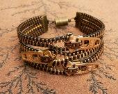 Uno Dos Tres Zipper Bracelet - Brass Cuff - Steampunk Jewelry - Zipper Jewelry
