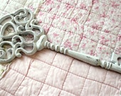 Iron Shabby Chic White Key wall Decor