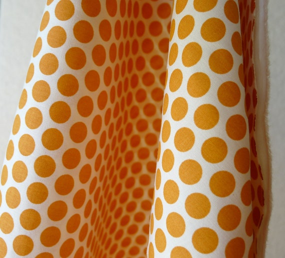 ORGANIC Birch Fabrics - Mod Basics Jay-Cyn - Dottie Cream Orange - HALF YARD