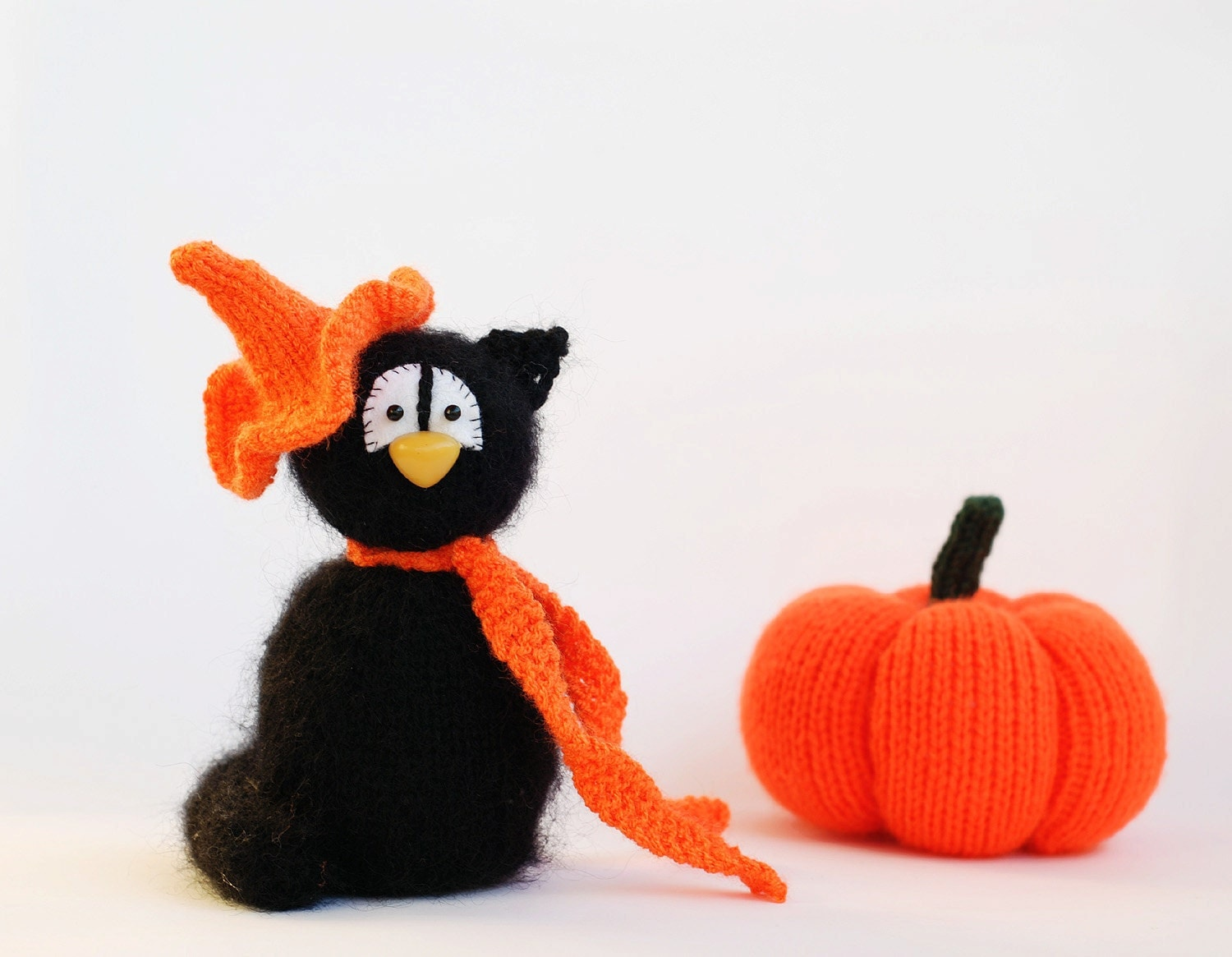 Black Cat in the orange Hat - halloween knitting pattern (knitted in ...