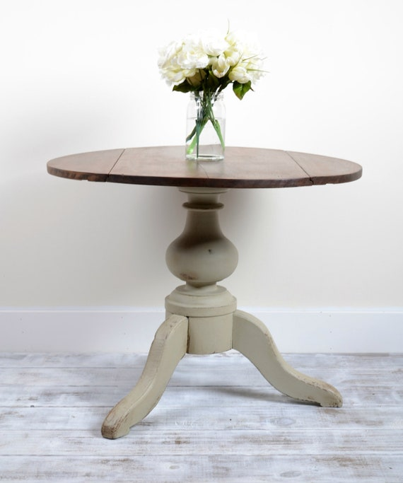 Grey/Green Neutral Vintage Drop Leaf Table/Side Table/Coffee Table/Pedestal Table