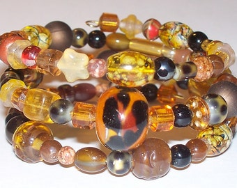 "Beautiful ""Safari Hunt"" Beaded Memory Wire Bracelet"
