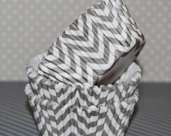 Gray Chevron cupcake liners (40) - baking cups muffin cups greaseproof cupcake papers cupcake wrappers zigzag cup cake papers