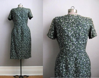 1950s Vintage Dress Green Cotton 50s Wiggle Dress Sheath Short Sleeve / Medium