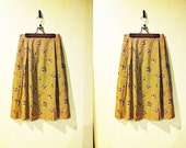 Vintage Skirt / Mustard / Bird / Beautiful skirt / Cute Skirt