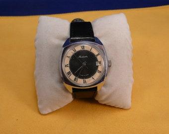 "Ussr Unusual  ""Raketa"" wrist watch 1960-70  two tone dial ULTRA rare black&white dial Perfect"