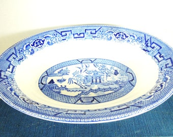 Homer Laughlin Vegetable Bowl. Blue Willow Pattern. Circa 1954. Farmhouse Style. Grandma's House. Family Dinners.