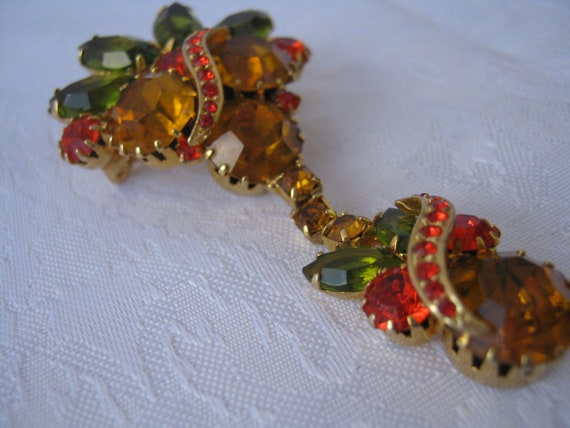 Reserved for Netherlands Rhinestones autumn colors brooch with jointed lower section