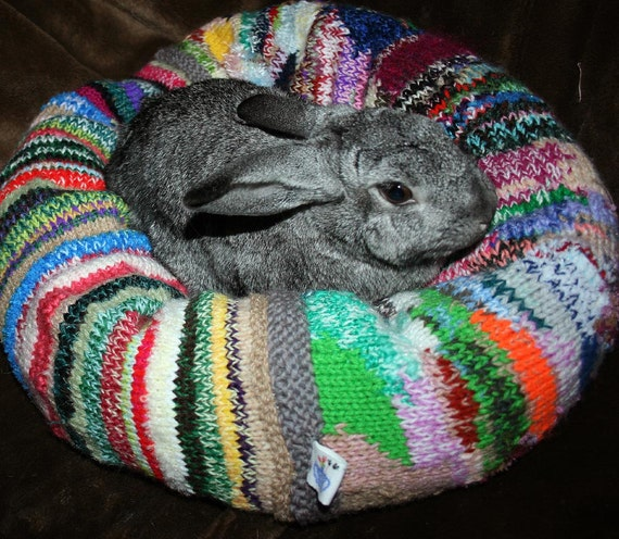 Ugli Donut bunny bed for a medium to med-large sized bunny hand knitted bright arty wool mix