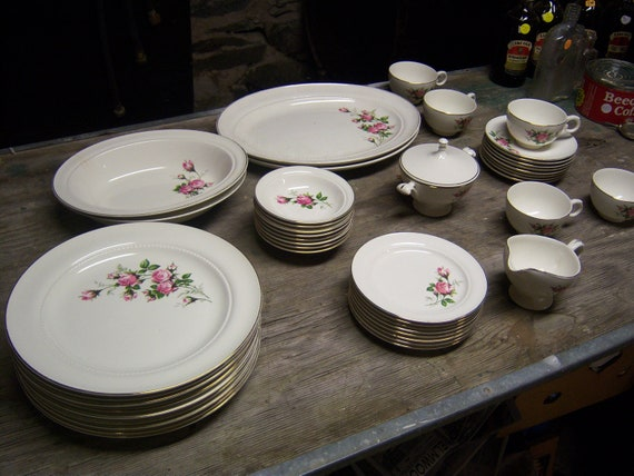 8 Place Setting Of Hall China Primrose Pattern Diiner Or Table