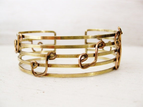 1960s rose gold cuff bracElet. 12 kt gold filled music notes. THE SOUND of MUSIC.