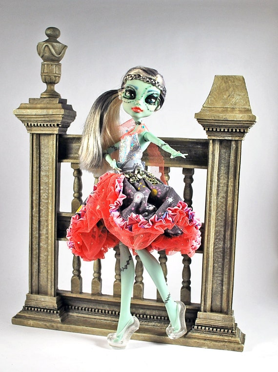 Handmade doll fashions for  Monster High doll frilly layers and pleats galore with butterfly charm and chain detail