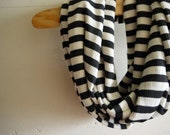 Infinity Scarf Circle Scarf - Cozy Contrast