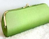 Shiny Lime Green Vintage Handmade Silk Clutch // Silk Woven Fabric Vintage Handmade Clutch Purse // Wedding Clutch