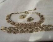 vintage gilt necklace,bracelet ,clip on earrings set