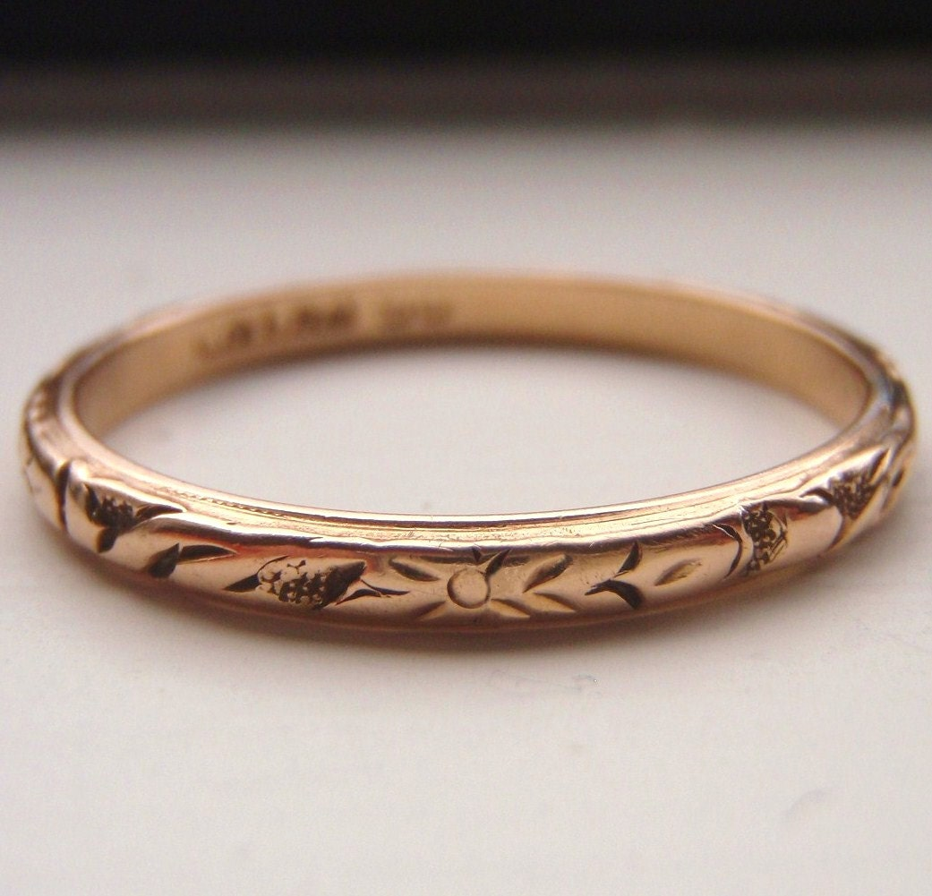 antique rose gold wedding band images galleries with a bite. Black Bedroom Furniture Sets. Home Design Ideas