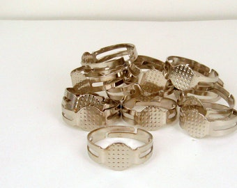 SALE 10 Antique Silver Adjustable Ring Bases - Flat 8mm Pad Make Christmas Gifts