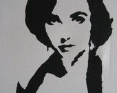 "Elizabeth Taylor Pop Art Graffiti Stencil 16""x20"""