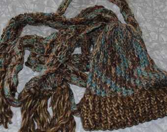 Ocean and brown hat and scarf