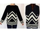 Vintage Womens chevron stripe sweater - tribal- black/white- size small/medium