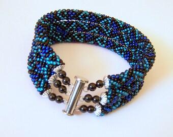 Beadwork - 3 Strand Bead Crochet Rope Bracelet in black and blue  - beaded jewelry - beaded bracelet