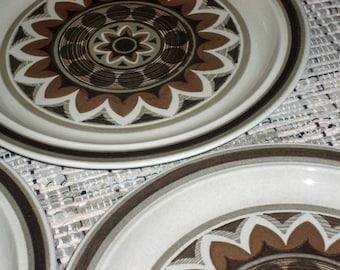 Royal China USA Aztec Omegastone Dinner Plates - Set of 3