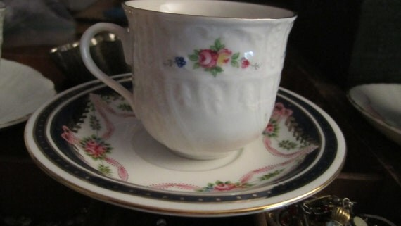 tea for two 2 small cups and one saucer mismatched china pink rose kids shabby cottage chic wear parties as is small chip