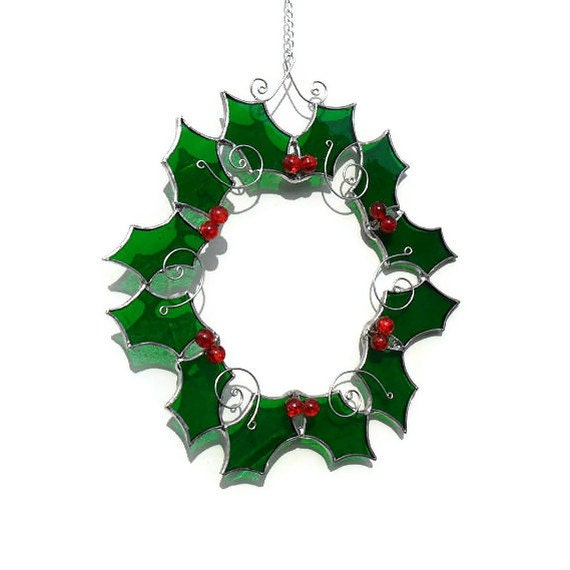 Stained Glass Holly Suncatcher, Holly Christmas Suncatcher, Christmas Holly Wreath, Stained Glass Holly - Made To Order