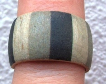 Brice Marden Green Stripes -- adjustable wood ring