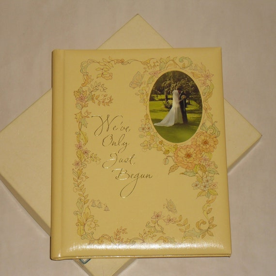 Vintage 70's wedding book by Hallmark