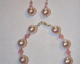 Pink Pearl and Swarovski Bracelet and earrings