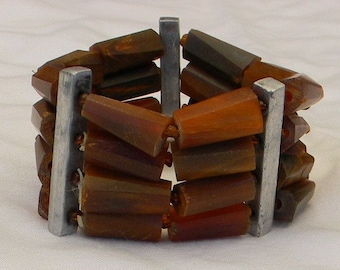 Vintage Carved Horn and Glass Seed Bead Stretch Bracelet