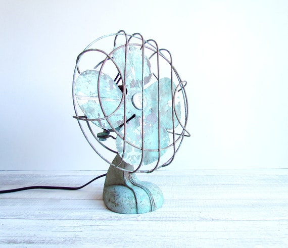 Vintage Mint Handybreeze Handy Breeze Fan