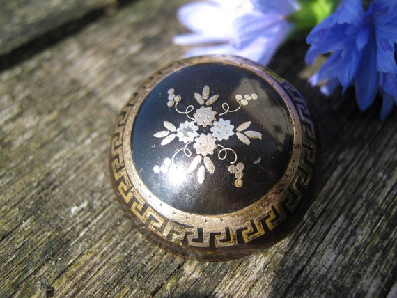 Victorian Tortoiseshell Brooch with Gold Inlay