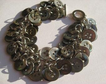 Handmade Button Bracelet SB49 grey gray mother of pearl MOP