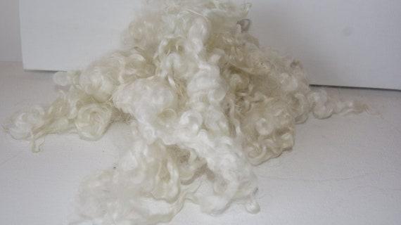 1 oz Hand washed Wensleydale fleece - Natural