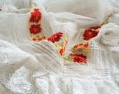 Floral embroidery scarf with white lace from 1970's, headscarf - hair accessory, 70's folklore traditional clothing