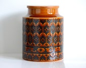 "Hornsea Pottery: ""Heirloom"" flour canister (circa 1966-1989)"