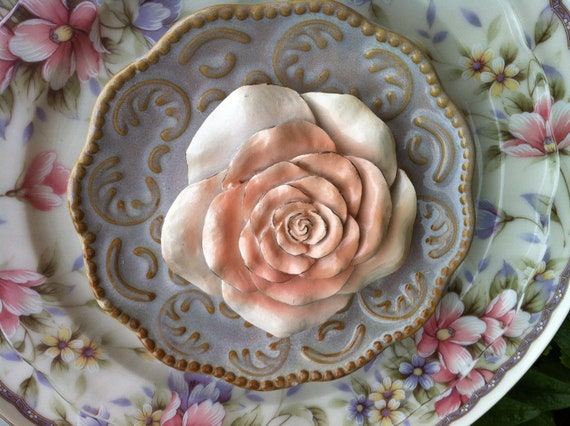 Elegant vintage china garden art glass ceramic by for Garden art from old dishes