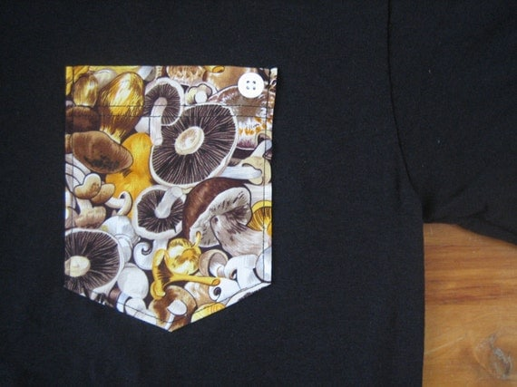 Pocket Tee Black w/ Mushrooms (Small)