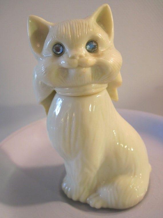 Vintage Avon Collectible Blue Eyed Cat Perfume Bottle
