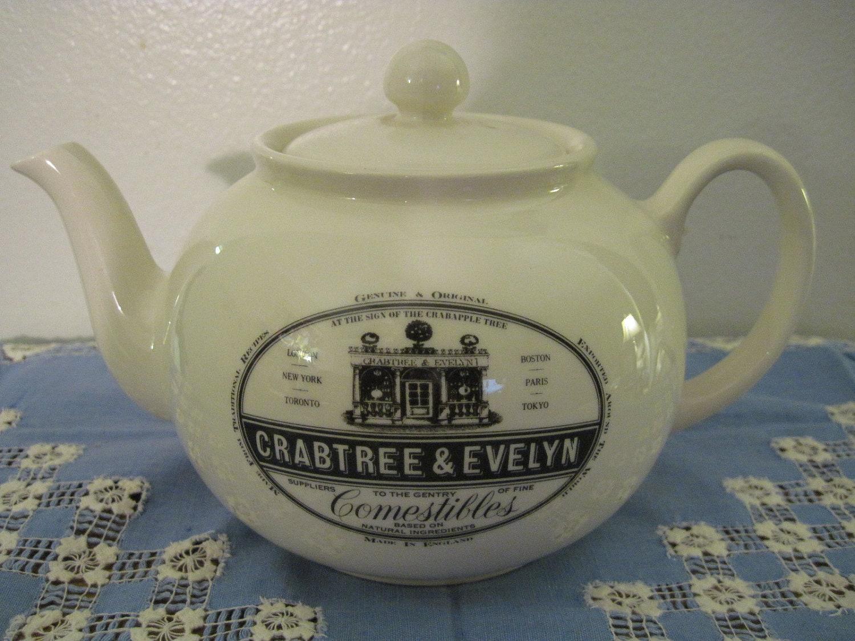 Crabtree Amp Evelyn Rare Pristine Teapot Circa 1987