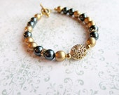 CLEARANCE ITEM, Vintage Gold and Tahitian Swarovski Crystal Pearls with Gold Rounds and Gold Plated Metal Accent Bracelet