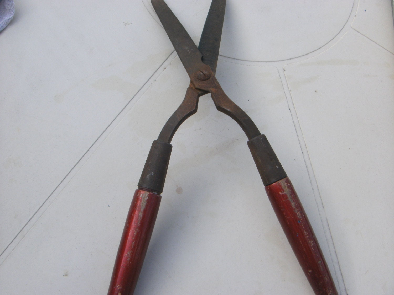 vintage garden shears hedge clippers trimmers garden tool