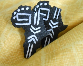 Shape of Africa // Tribal // Afrocentric // Natural Wood Hand Painted Earrings // African and Caribbean Inspired Jewelry