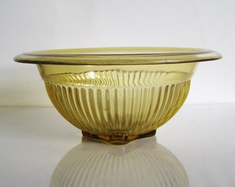 ellow amber saffron vintage glass serving bowl