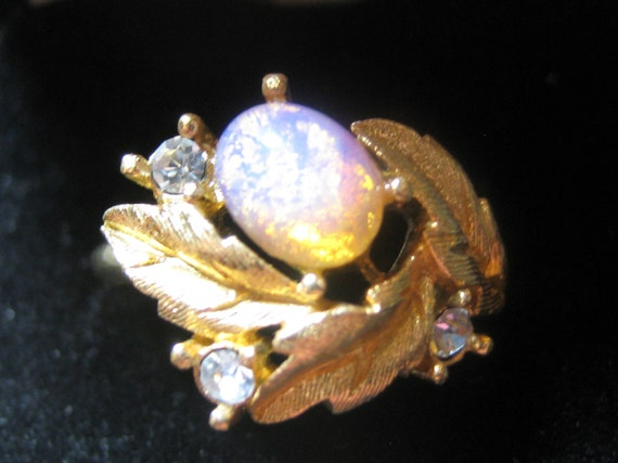 Avon Fire Opal And Rhinestone Vintage Ring By