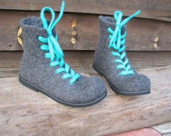 Hand-felted boots SMART&MINT
