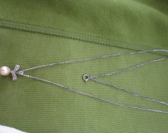 Necklace Sterling Silver Chain & Real Pearl Pendant Pretty Vintage