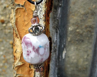 White, pink and purple glass bead necklace